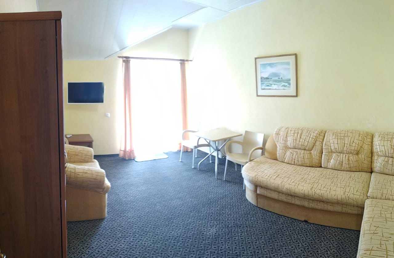 Номер 10 Люкс - Алушта гостиница Мечта
