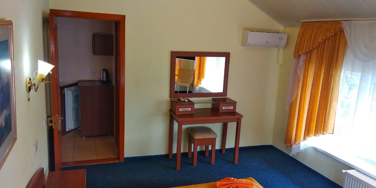 Номер 9 Люкс - Алушта гостиница Мечта
